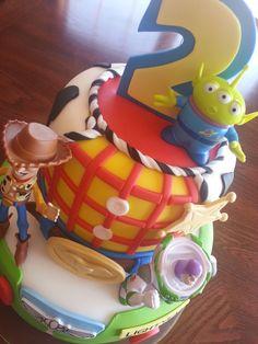 Birthday Cake Photos - Toy story cake. Woody/Buzz Lightyear Cake.