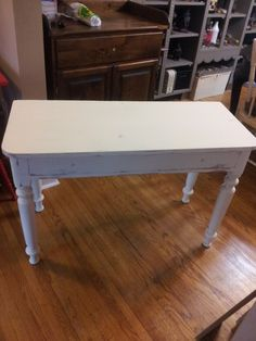 Foyer table before Foyer, Painted Furniture, Table, Projects, Home Decor, Log Projects, Homemade Home Decor, Mesas, Foyers