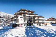 Booking.com: Hubertus Logis Appartements , Brixen im Thale, Austria . Book your hotel now!