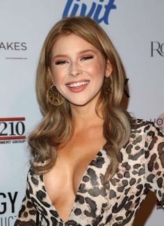 RENEE OLSTEAD at Fashion Tails Adopt a New Attitude  actress Renee Olstead