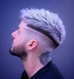 Mens Haircuts Short Hair, Mohawk Hairstyles Men, Teen Boy Haircuts, Tomboy Hairstyles, Gents Hair Style, Men Hair Color, Faded Hair, Look Man, Fade Haircut