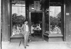 Quong Tart played a significant part in Sydney's colonial history. He is famously remembered for his tearoom establishments, which helped revolutionise casual dining in the city in the late 1800s. Quong Tart in front of tearooms, 777 George St Sydney. Photo from the Society of Australian Genealogists.