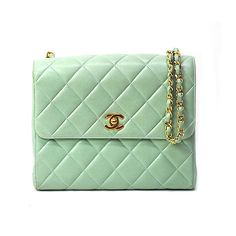 GREEN LAMBSKIN CHANEL CHAIN SHOULDER FLAP BAG - l51261206 ❤ liked on Polyvore featuring bags, handbags, shoulder bags, purses, chanel, accessories, borse, chain strap purse, chanel purses and man bag