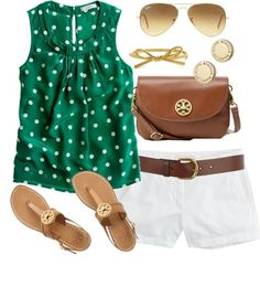 Everyday casual outfits / polka dot top & white shortsu