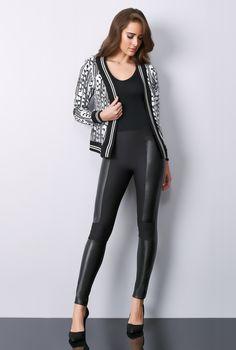 0e604cfdd Casual chic sofisticado para todos os momentos! Blusa + Jaqueta Jacquard  com ribana + Calça