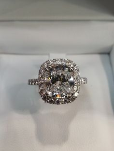 in which i find the only engagement ring i will ever pin because it's the only engagement ring i would ever be interested in owning