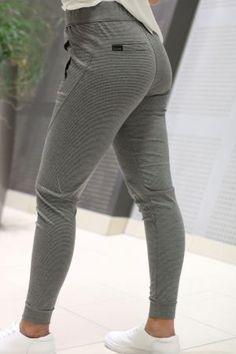 One- Miley Grey Stripe 2nd One, Grey Stripes, Style Inspiration, Pants, Fashion, Gray Stripes, Moda, Trousers, Fashion Styles