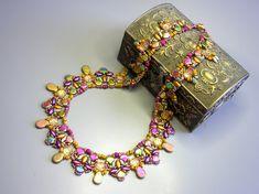 Kit and tutorial - Necklace Fiesta- Golden Green version -  Irisduo, Ginko, Gekko, Drops, Baroque ,Stormduo O Beads, Crystal Beads, Seed Beads, Iris, Aztec Gold, Green Necklace, Beading Tutorials, Unique Necklaces, Bead Earrings