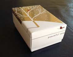 Beautiful DIY box from a Christmas card.