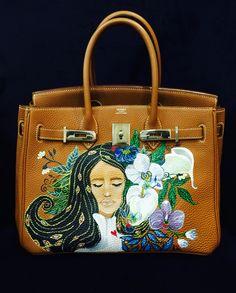 Hermes Birkin hand painted by artist love Marie aka heart evangelista Escudero… Hermes Birkin, Hermes Bags, Luxury Handbags, Fashion Handbags, Fashion Bags, Heart Evangelista, Painted Bags, Hand Painted, Art Bag