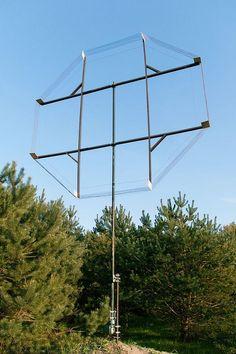 A mediumwave/longwave amateur loop antenna. 9 ft in diameter. Radios, Radio Amateur, Off Grid Survival, Survival Shelter, Radio Shop, Monopole, Ham Radio Antenna, Citizen Science, Short Waves