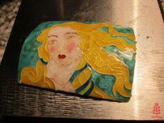 Venere di Botticelli, hot enamel. Photo: smallthingscount