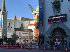 Halloween Movies, Hollywood California, Theatre, Times Square, Stage, Travel, Instagram, Theater, Viajes