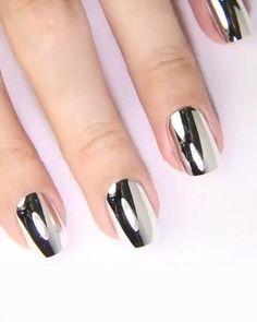 Metallic Nail Polish Magic Mirror Effect - artificial nails Nail Polish Tattoo, Mirror Nail Polish, Nail Polish Hacks, Nail Polish Storage, Mirror Nails, Nail Polish Designs, Nail Designs, Nail Art, Color Club Nail Polish