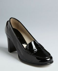 Michael Kors Graduates a Prep School Classic to Grown Up Style, in the Bayville Loafer Glossy Patent Heels. Perfect for Casual Wear or for Work.  Pair up with slacks or with your favorite skirt or dress. Retails at $99.00 Item Details: Leather upper, Leather lining, Padded footbed; Penny loafer s...