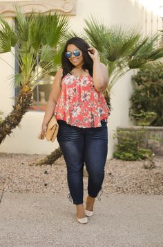 The trend this spring is denim and today I'm bringing you three different styles from Fashion to Figure. The first style is their Premium Skinny Jeans in the dark wash. They are my favo…