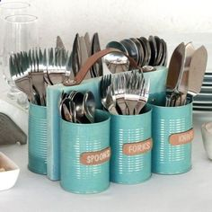 adventureideaz.com Use recycled cans to make a cutlery holder that can be used for indoor and outdoor entertaining. You can use six cans for cutlery or seven c... » adventureideaz.com