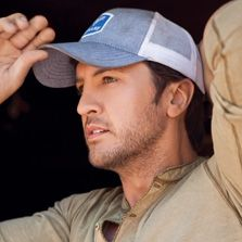 """Luke Bryan - Nominated for Male Vocalist of the Year, Album of the Year (""""tailgates and tanlines"""")"""