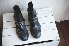 Quick Trick: Remove Salt Stains From Leather Boots | Free People Blog #freepeople