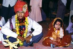 Image from http://3.bp.blogspot.com/-oAkUectGC9s/UpjVcJpY-JI/AAAAAAAACmI/VW91zz4f7mc/s1600/child+bride+2.jpg.