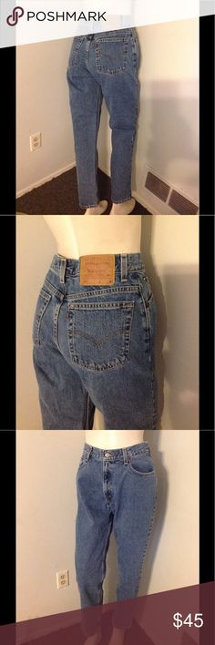 """Vintage Levis High Waist 550 Mom Jeans 10 28""""Waist Nice pair of Vintage Levis! 550 Relaxed Fit Tapered Leg in size 10 Mis. Please note - Vintage Levis run different than today's jeans. Please check the measurements and compare for a proper fit. Waist 28"""" - Rise 12"""" - Hips 39"""" - Inseam 30"""" Levi's Jeans"""