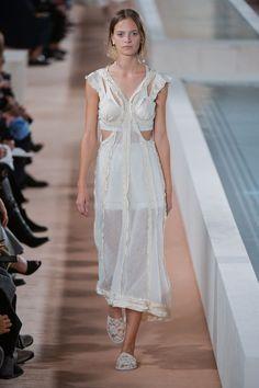 A despedida de Alexander Wang da Balenciaga - Vogue | Desfiles