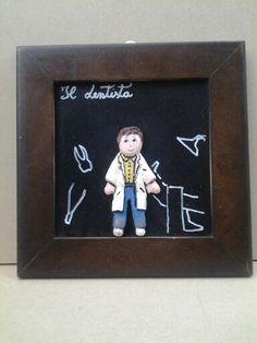 Il dentista quadretto ceramica 25x25 cm