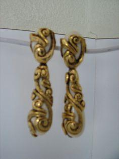 Vintage Clip Earrings  White TearDrop by LillysTreasureChest, $9.00