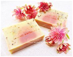 AOMORI WORKSHOP | Elder Flower Aloe Vera Soap | 100% Handmade Natural Herbal Soap | Elder Flower, Aomori, All Natural Skin Care, Aloe Vera, Soaps, Herbalism, Workshop, Cosmetics, Ethnic Recipes