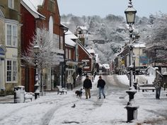 Cliffe High Street, snowed, Lewes, East Sussex.
