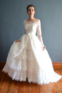 50s wedding dress / vintage 1950s wedding dress / Abrielle: detachable train
