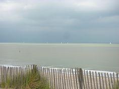 Strand tussen Cadzand en Breskens. Slecht weer op komst!