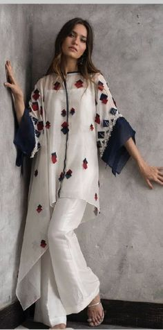 Fashion Style Boho Tunics Ideas For 2019 Effective Pictures We Offer You About Women Pants diy A quality picture can tell you many things. You can find the most beautiful pictures that can be presented to you about Women Pants street Look Fashion, Hijab Fashion, Trendy Fashion, Fashion Dresses, Womens Fashion, Zara Fashion, Muslim Fashion, Gothic Fashion, Pakistani Dresses Casual