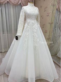 Turkish Wedding Dress, Muslim Wedding Gown, Muslimah Wedding Dress, Indian Wedding Gowns, Fancy Wedding Dresses, Unique Wedding Gowns, Cute Dresses For Party, Muslim Wedding Dresses, Western Wedding Dresses