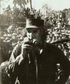 Comandante Ernesto Che Guevara - the Argentine-Cuban guerrilla fighter, revolutionary leader,. Che Guevara Images, Ernesto Che Guevara, Viva Cuba, Fidel Castro, Victoria, Guerrilla, Popular Culture, Revolutionaries, Cuban