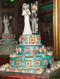 Skeleton wedding cake