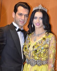 News How To Play Drums, Tiaras And Crowns, Bellisima, Celebrities, Tv Series, Couple, News, Fashion, Amor
