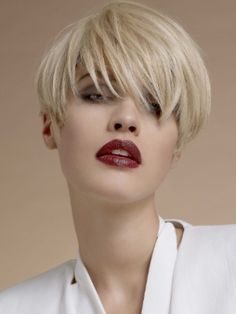 Amazing Short Hair Styles for Summer - Change your attitude towards hair styling by embracing one of these amazing short hair styles for summer.