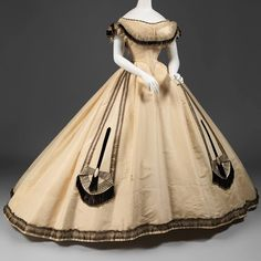 ilk ball gown by Emile Pingat, 1864. In the collection of the Metropolitan Museum of Art ���