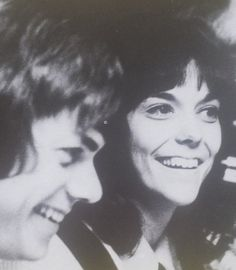 The perfect example of an almost perfect sibling relationship Richard Carpenter, Karen Carpenter, Karen Richards, Sibling Relationships, Almost Perfect, Working Together, Forever Young, Pop Group, Celebrity Crush