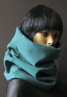 24c2c70f4666 Écharpe tube col capuche snood tour de cou hyper confortable laine peignée  vert canard doublée jersey