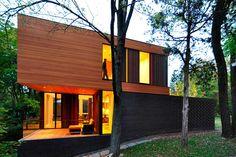 Современный трехэтажный дом Redaction от студии Johnsen Schmaling