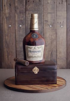 Hennessy + Cigar cake designed by De la Creme Creative Studio Birthday Cakes For Men, 50th Birthday, Cigar Cake, Cigar Cupcakes, Hennessy Cake, Hennessy Bottle, Cigar Party, Alcohol Cake, Bottle Cake