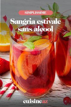 Une recette de sangria estivale sans alcool aux fraises, à l'orange et aux groseilles. #recette#cuisine#coktail#sangria #sansalcool #fraise #orange #groseille Cocktails, Vegetables, Orange, Food, Strawberry Juice, Strawberries, Bartenders, Red Currants, Lemonade