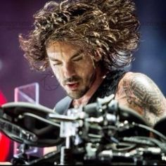 Shannon Leto. What an amazing shot w/that hair!