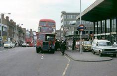 Station hill London Bus, Old London, London Street, London Underground, Rt Bus, Essex England, Double Decker Bus, London Transport, Old Skool
