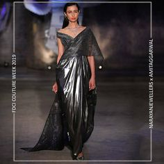 """Narayan Jewellers delightfully launched the new bridal collection in association with ace Designer Amit Aggarwal for """"Lumen"""" Couture 2019 at fdciofficial. Couture Collection, Bridal Collection, Indian Gowns, Engagement Outfits, Lakme Fashion Week, Indian Couture, Couture Week, Wedding Trends, Wedding Tips"""