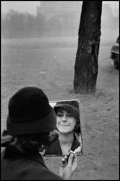 Elliott Erwitt / Magnum Photos, FRANCE. Paris. 1958