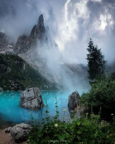 Dolomites, Südtirol Water is important for our planet. It connects the lakes, rivers and the sea with the sky.