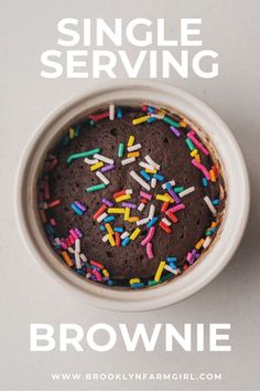 100 CALORIE brownie is a healthy single serving brownie recipe! This easy recipe makes a fudgy chocolate brownie for one in the microwave in 1 minute! These low calorie brownies are perfect for satisfying a sweet tooth! Homemade Donuts, Homemade Chocolate, Chocolate Desserts, Chocolate Cake, Best Dessert Recipes, Fun Desserts, Healthy Recipes, Sweets Recipes, Healthy Desserts